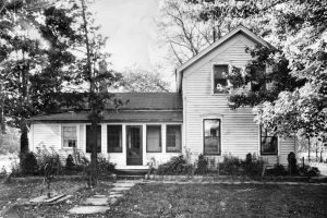 This house sat West of Rt 8 North of Ledge - Now Union 76 sits on the site